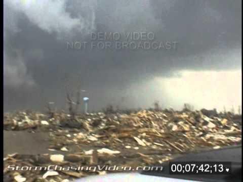 5/25/2008 Parkerburg, Iowa Tornado Footage
