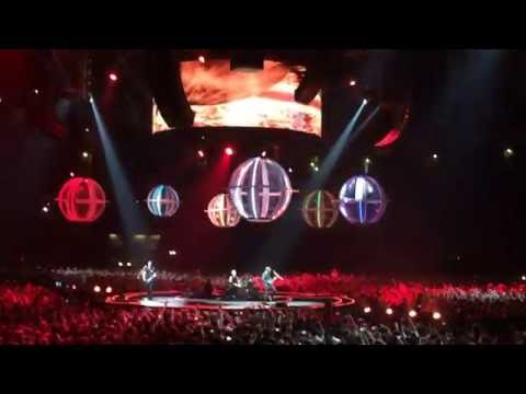 MUSE - Supermassive Black Hole (live in Moscow, 21 Jun 2016)