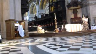Watch Bjork Gloomy Sunday video