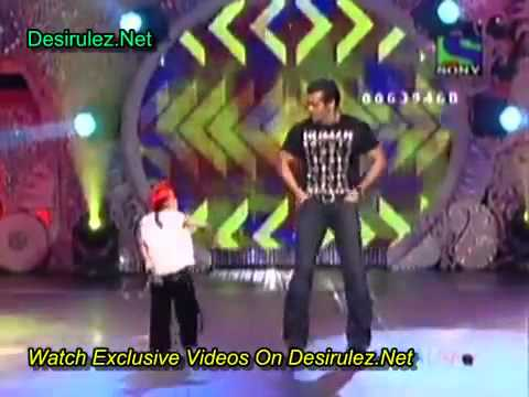 Entertainment ke liye kuch bhi krega  salman vs kid dance with...