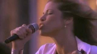 Watch Carly Simon The Stuff That Dreams Are Made Of video