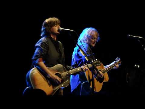 Indigo Girls - Ghost Of The Gang