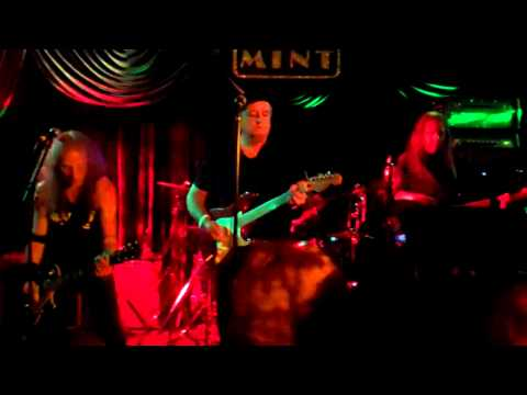 The Waddy Wachtel Band