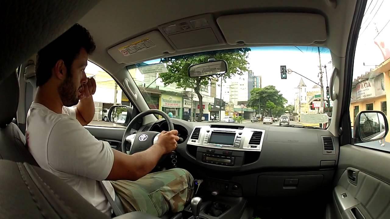 Hilux SRV 3.0 - falando sobre o carro - YouTube