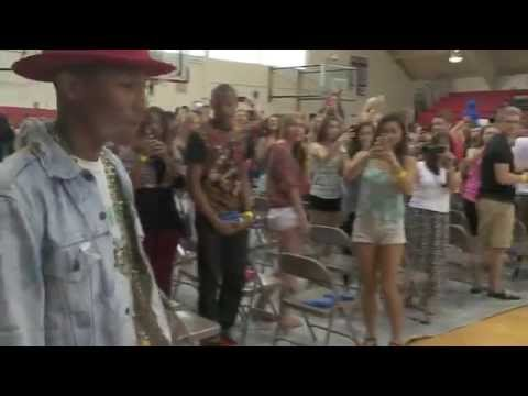 VIRGINIA BEACH -- Screams and cheers were the order of the day Saturday at Princess Anne High School. It was Pharrell Williams Day, and the performer/entertainer paid a visit to his alma mater....