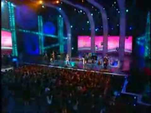 Café Tacvba y Calle 13 - Vámonos / No Hay Nadie Como Tú [MTV Premios 2008] http://www.todotacvba.com.