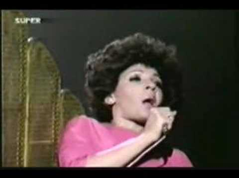 Shirley Bassey  Feelings