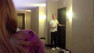 One Direction was in our hotel!!! (Tour Life)