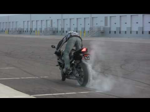 BMW S1000RR Chris Teach McNeil Drifting and Stunting 2010