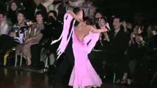 Watch Frank Sinatra It Only Happens When I Dance With You video