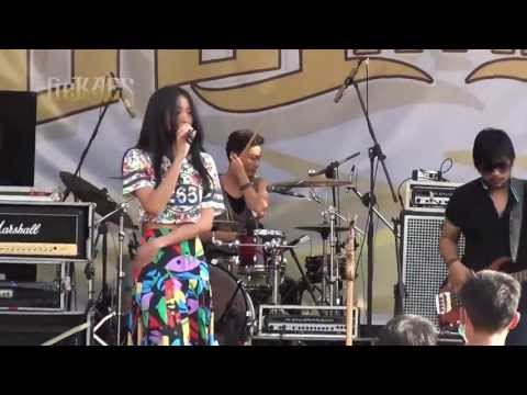 Vierratale - Medley Kesepian, Terbang (Live at SMAN 1 Jepara - 9/9/2013)