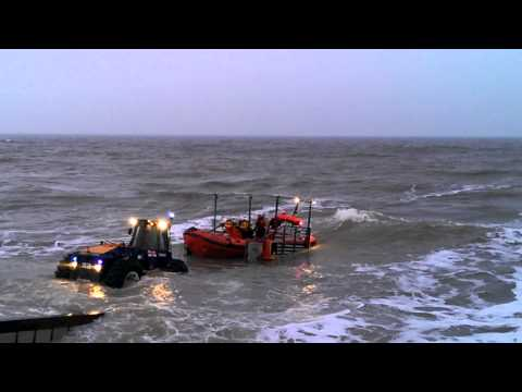 Happisburgh Lifeboat - Net Recovery