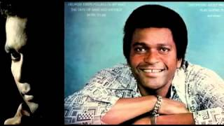 Watch Charley Pride Yonder Comes A Sucker video