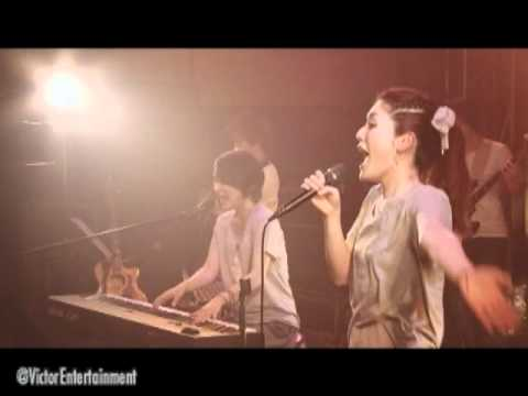 Dew / Swing in the wind (Live) Live on February 25, 2011