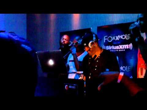 Jamie Foxx Blame it live