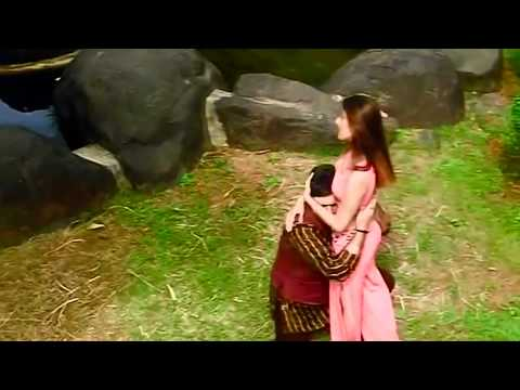 Tu Jo Has Has Ke Sanam Mujh Say Baat Karti Ha video