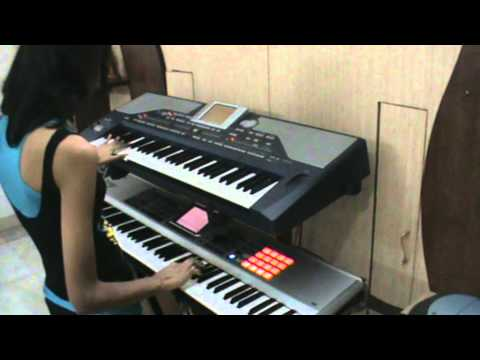 Tere Liye - Instrumental from Veer Zaara played on keyboard...