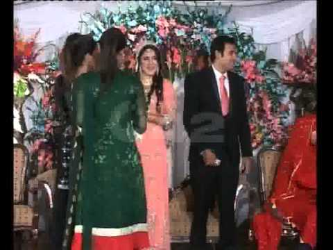 City42 Special Reporter Imran Younas & Fiza Noor Walima Ceremony Model Town Part 02