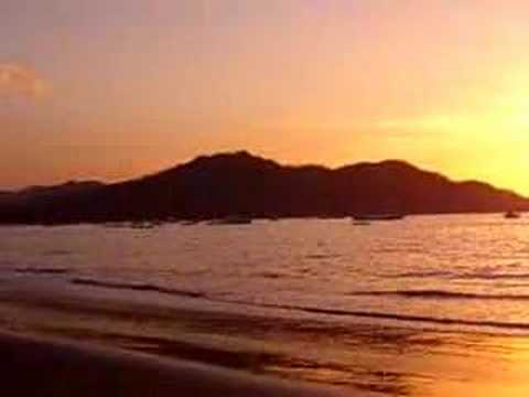 sunset-in-playas-del-coco-costa-rica.html