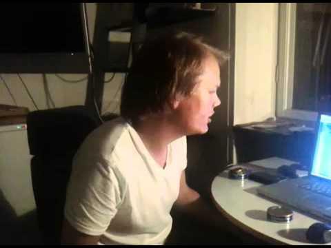 Tim Berg aka Avicii in the studio - Alcoholic (Final Touches)
