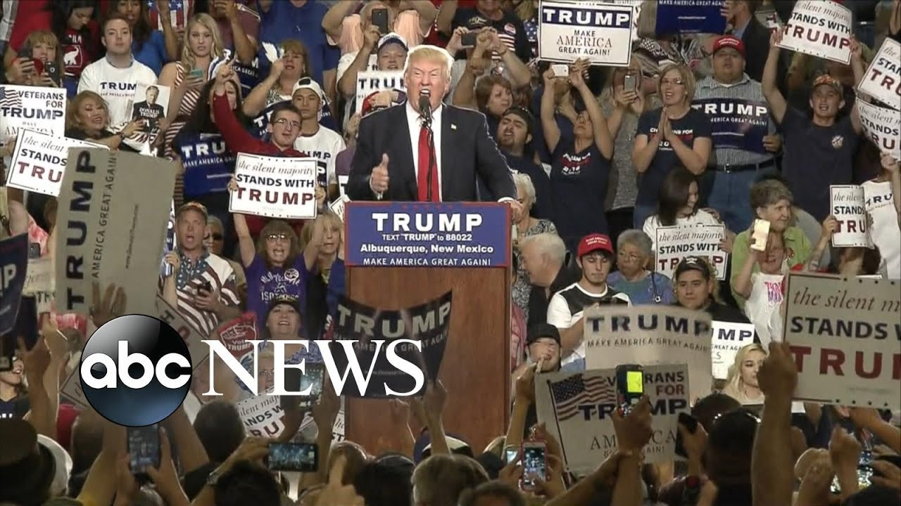 How Donald Trump Deals with Hecklers