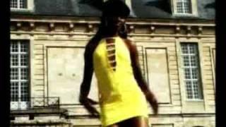 Watch Awilo Longomba Karolina video
