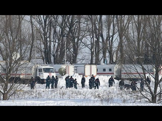 Expert: Ice may be to blame for Russia plane crash