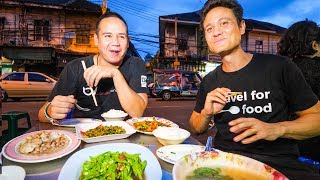 Thai Chinese Food Tour in ENDANGERED CHINATOWN Community in Bangkok, Thailand!