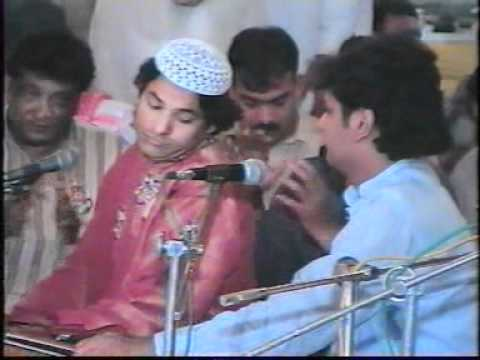 Qawali - Zamin Maili Nahin Hoti 2 2 - Mehfil-e-milad O Sama (17-03-2007) - 26 Of 35 video