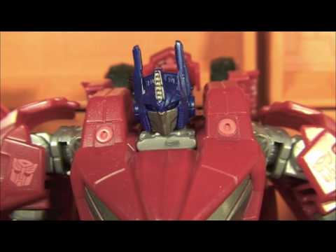 TFQR! Transformers Quickie Review: WFC Deluxe Optimus Prime
