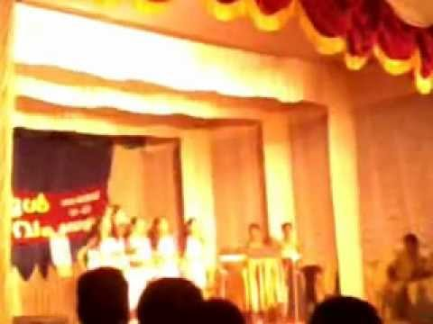 Malayalam Nadan Pattukal - Kerala School Kalolsavam 2013 video