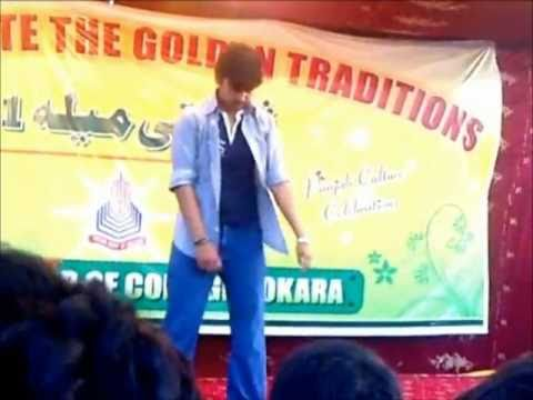 Waqas Cultural Festival 2011 Punjab College Okara Pakistan BreakDance Tutting
