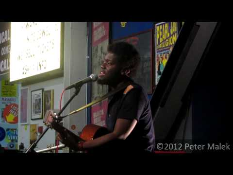 Michael Kiwanuka - I&#039;ll Get Along (Live at Amoeba Music)
