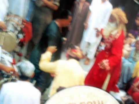 Tumhain Dillagi Bhool Jani Parayge - Nusrat Fateh Ali Khan part1...