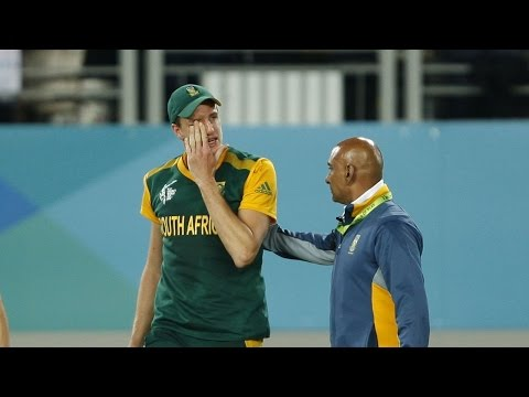 2015 Wc: Sa Cricketers Cry After Losing Semi-final – Emotional Moment video