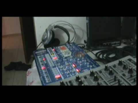 Divine (Techno / Trance) with korg EMX