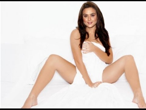 Preeti Zinta Hot Phototshoot video