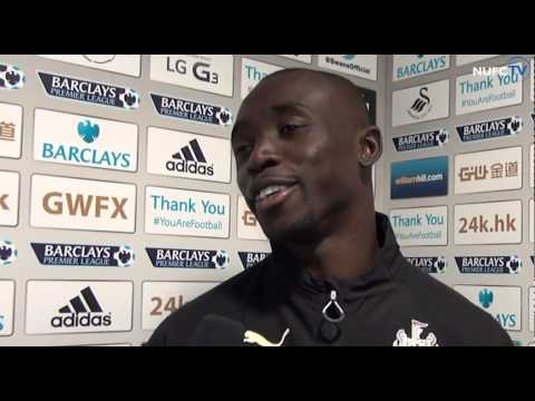 Papiss Cisse And Alan Pardew Post-Swansea City