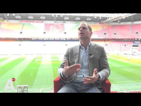De Boer: 'Van der Vaart is optie'