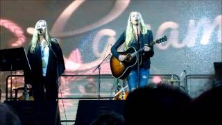 Watch Holly Williams Mama video
