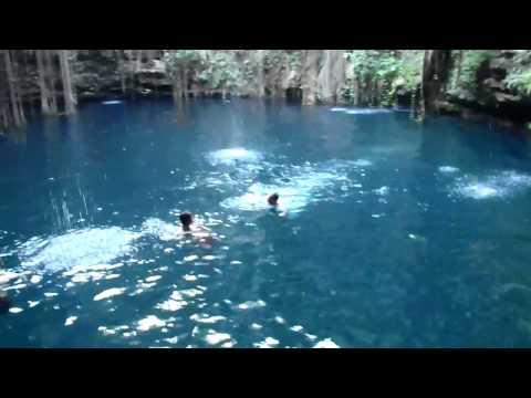 Cenote Ik Kil - Mexikó