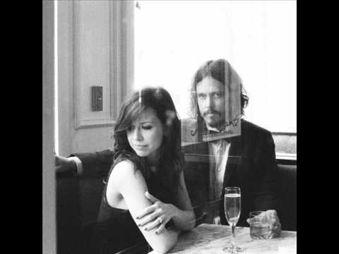 The Civil Wars - Girl With The Red Balloon