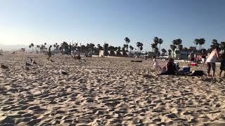 Having fun in Santa Monica beach!!!
