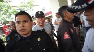 Intimidasi Preman Berpakaian Sekuriti Suruhan Pengelola Kalibata City (2) - 18 Menit