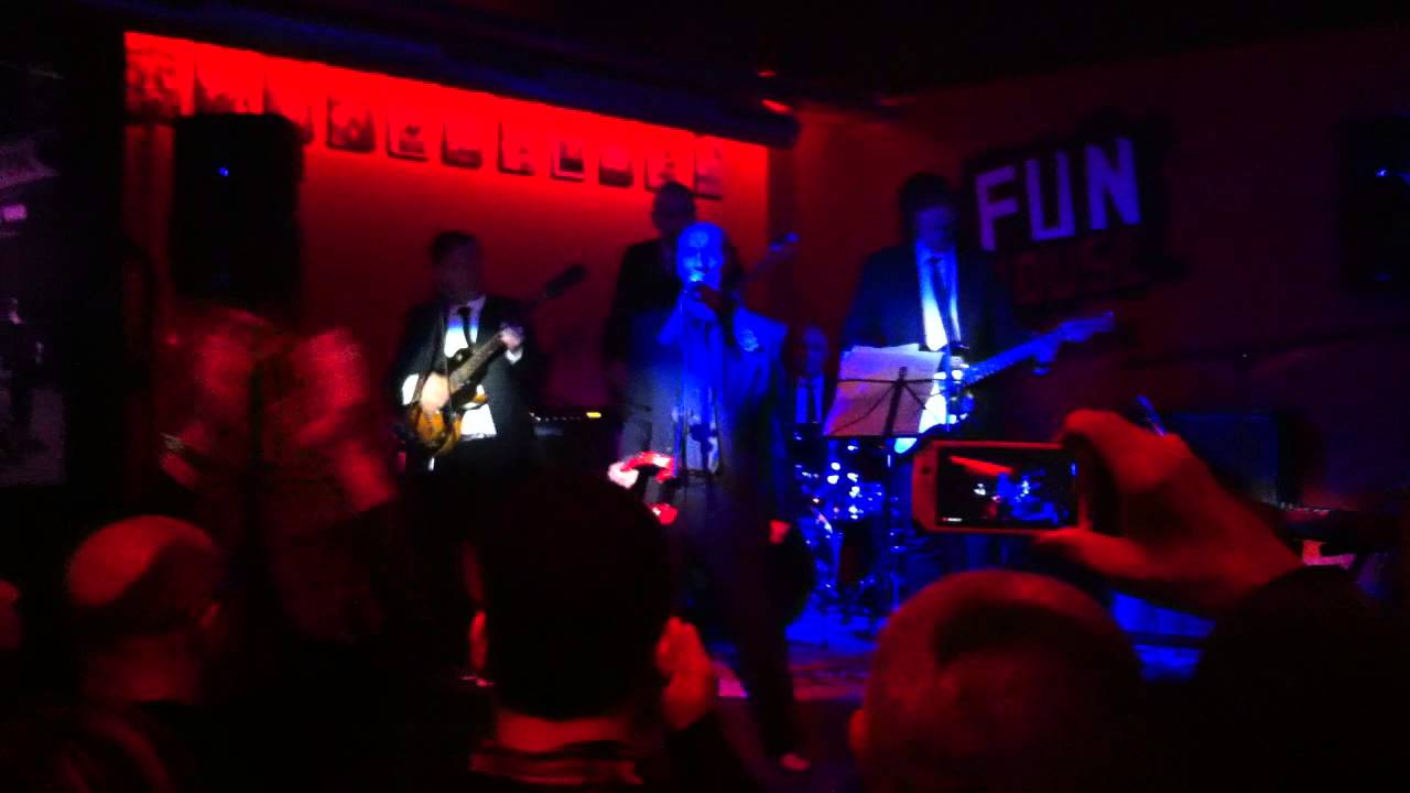 Micky y los colosos del ritmo sha la sala fun house for Sala fun house
