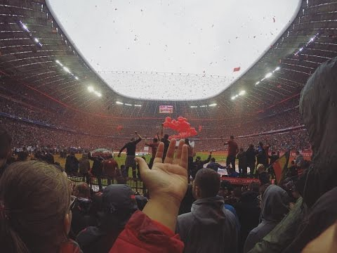 Short Celebration Video from the field @Allianz Arena - FC Bayern München vs. Hannover 96