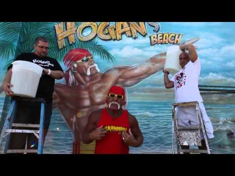 Hulk Hogan accepts the