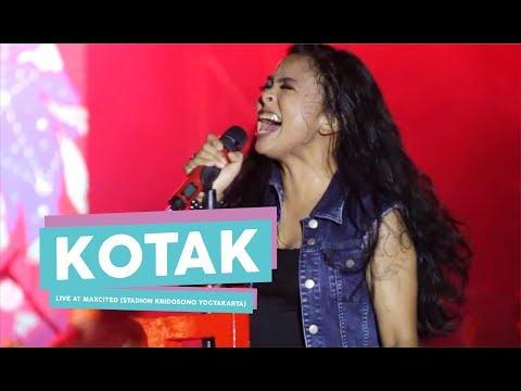 [HD Kotak - Beraksi (Live at MAXCITED , Yogyakarta 2017)
