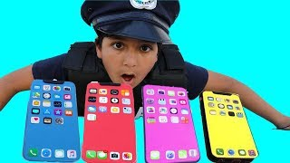 Le marchand de téléphone -Pretend Play with Police Costumes ,funny videos for kids les boys tv