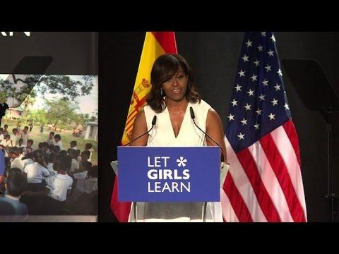 "Madrid: Michelle Obama présente son initiative ""Let Girls learn"""